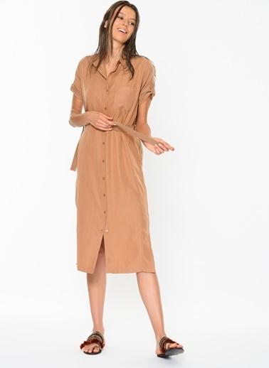 Loves You Kuşaklı Tensel Gömlek Elbise Camel